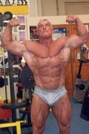Daddy Hunks - Mal Master Bodybuilding in Sexy Posing Trunks