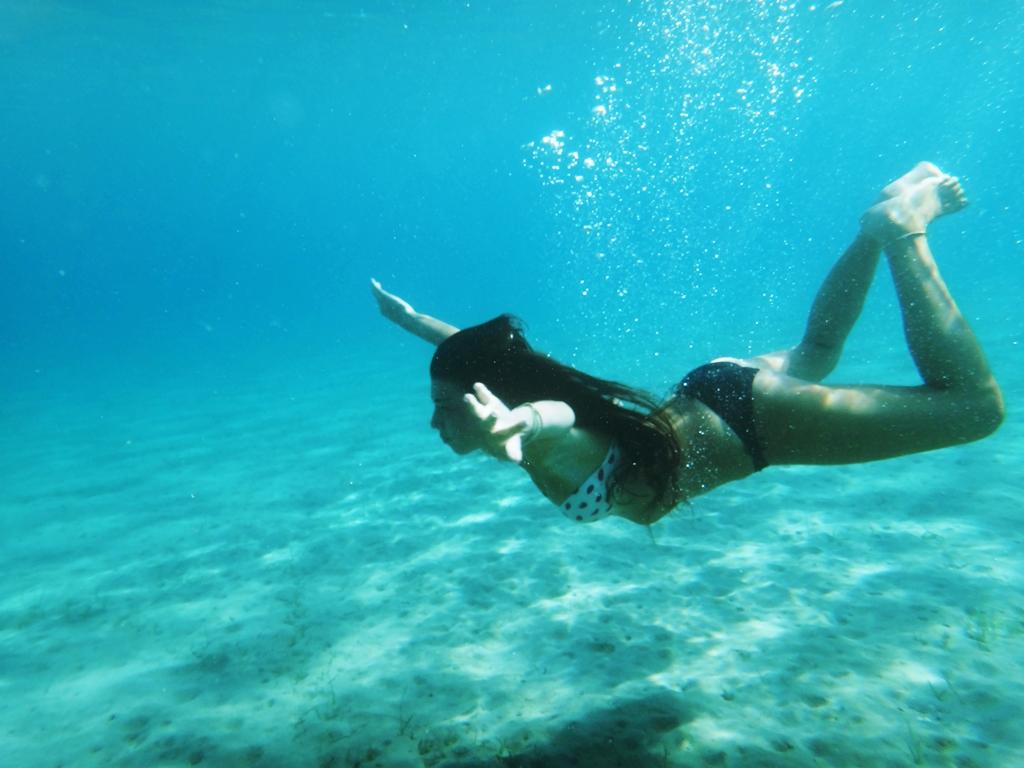 Su altında eğlenceli çekim
