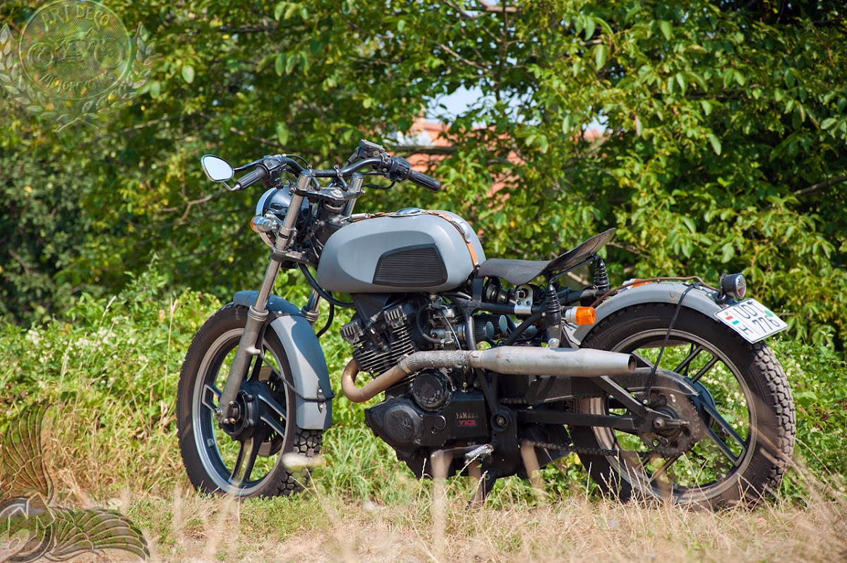 arpad's 1982 yamaha xs400 by art deco motorcycling