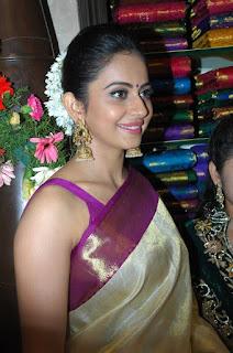 Rakul Preet Singh Sexy Saree Image