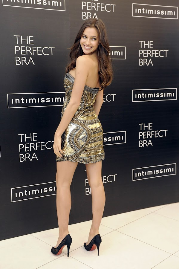 Irina Shayk shows off her sexy figure at The Perfect Bra promotion in Madrid 2012, photo