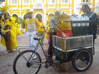 Vendedor de raspaos (granizados) en Cartagena. Foto: Jorge bela