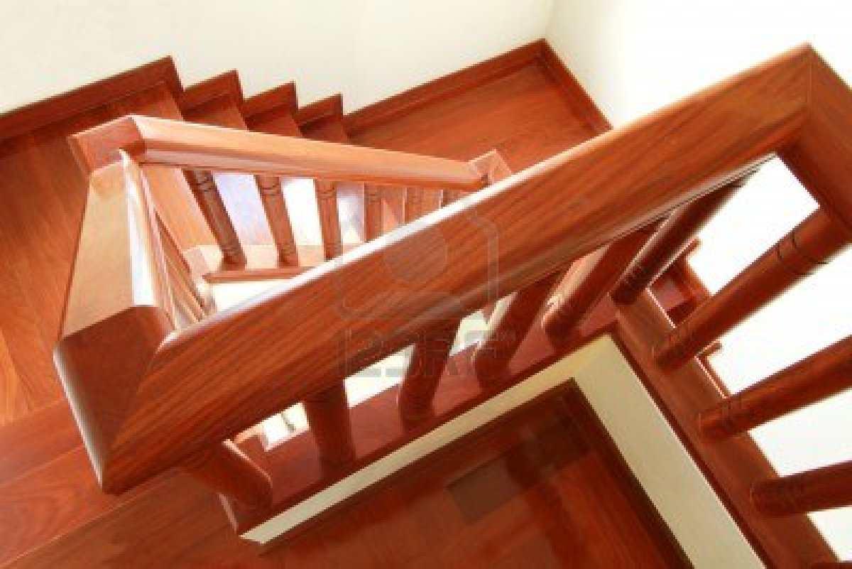 Blog dekogama como decorar una escalera - Baranda de madera ...