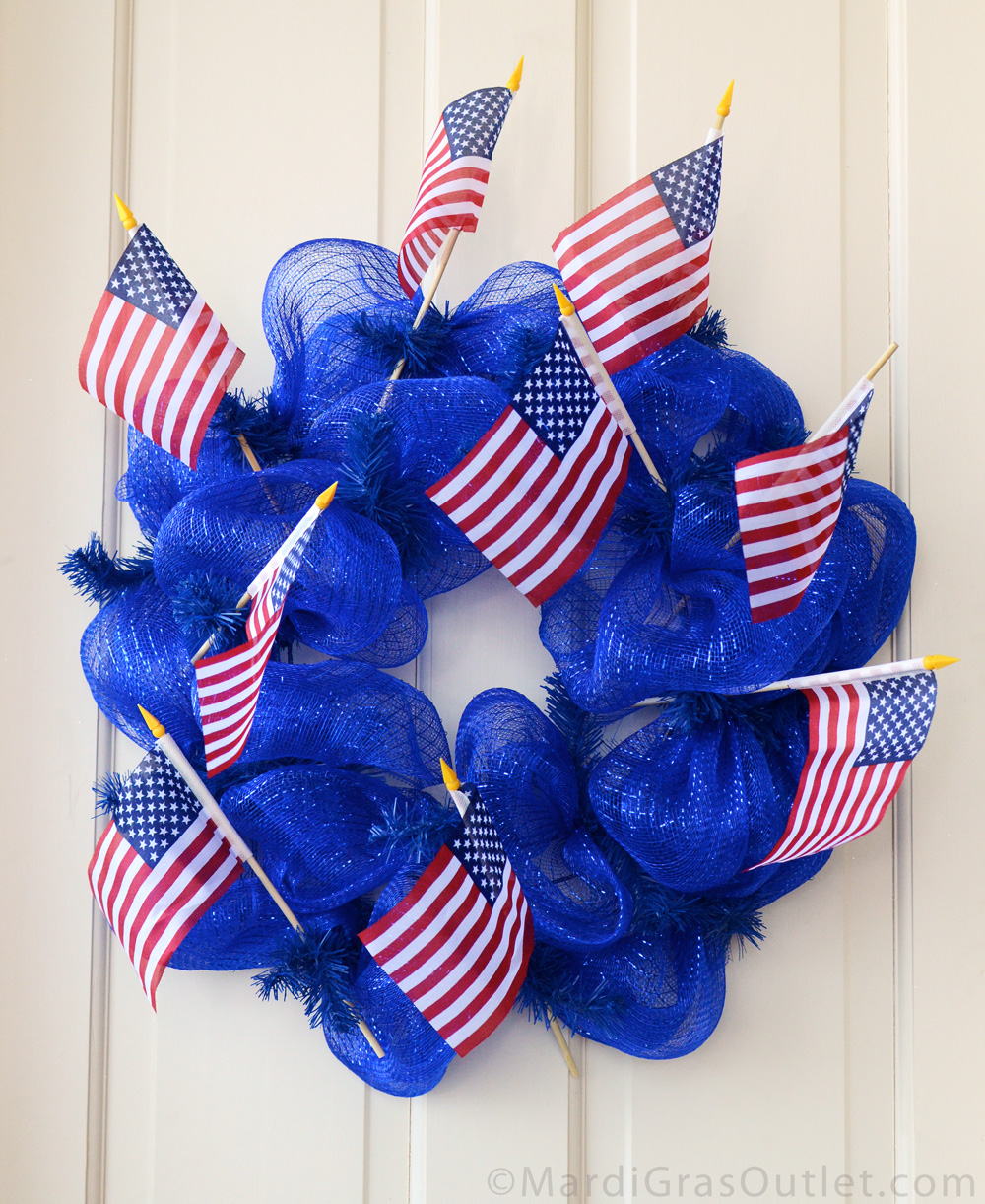 Party ideas by mardi gras outlet patriotic wreath tutorial with deco mesh patriotic red white blue memorial day wreath wreath how baditri Images