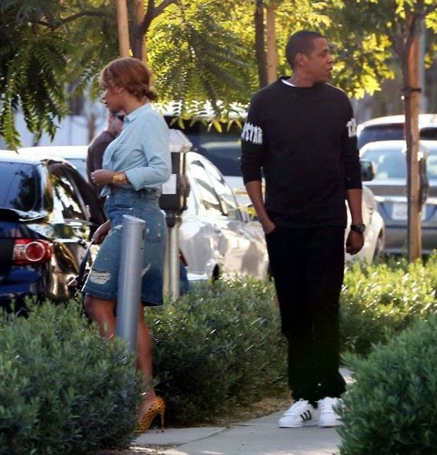 Don't wanna dance is off although dragged out to a party without a stage! Beyonce Knowles is on generating.  The singer looked phenomenal in a denim top and skirt as she was snapped to lunch with husband, Jay Z and bodyguards at Los Angeles on Tuesday, February 24, 2015.