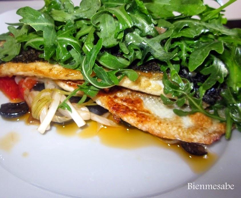 lubina con ensalada tibia y rúcula1