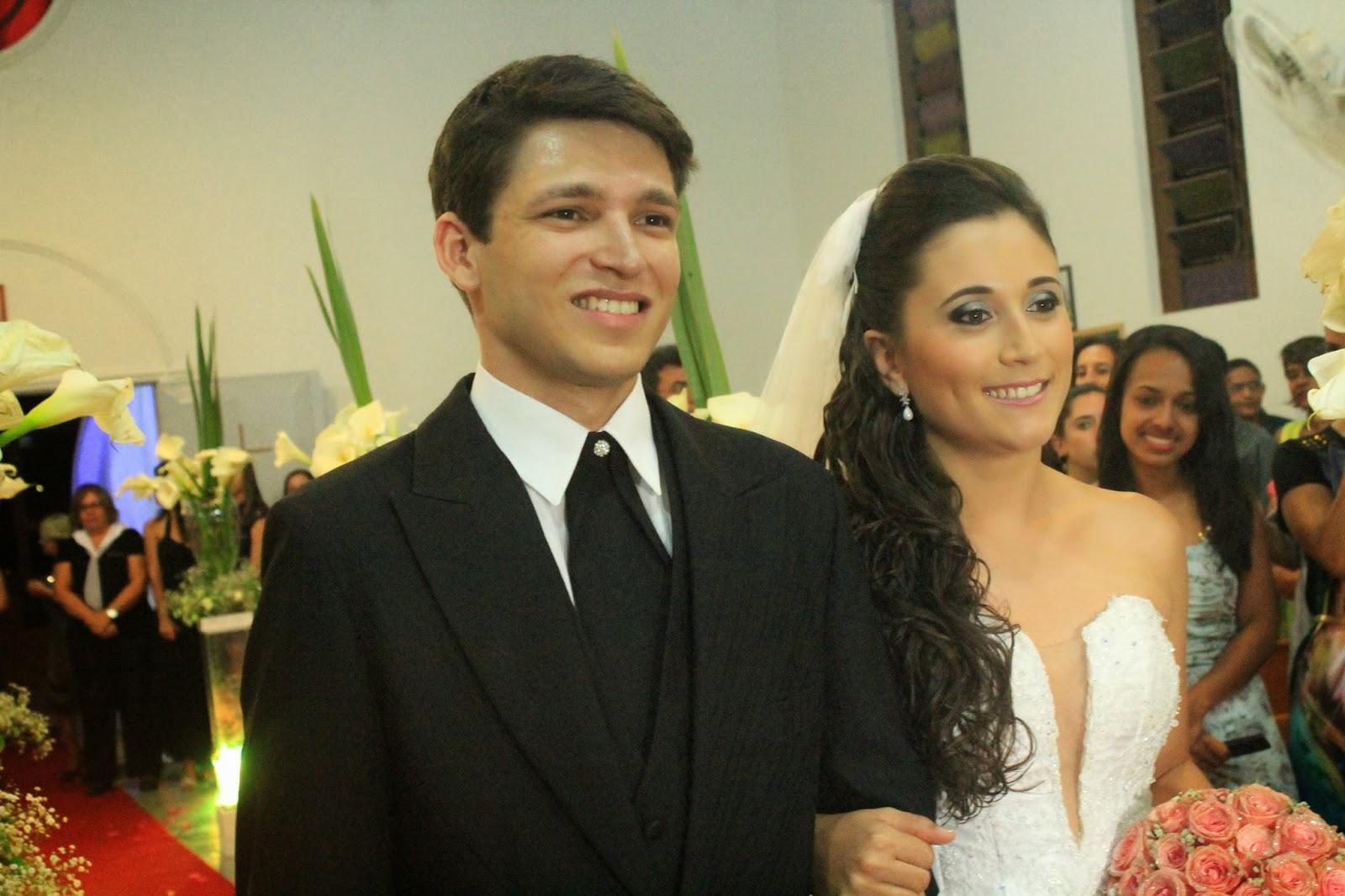 Kelly e Helder em seu casamento - Fotografia de Jéssica Guedes - Copyright © 2014 (C) – Todos os Direitos Reservados