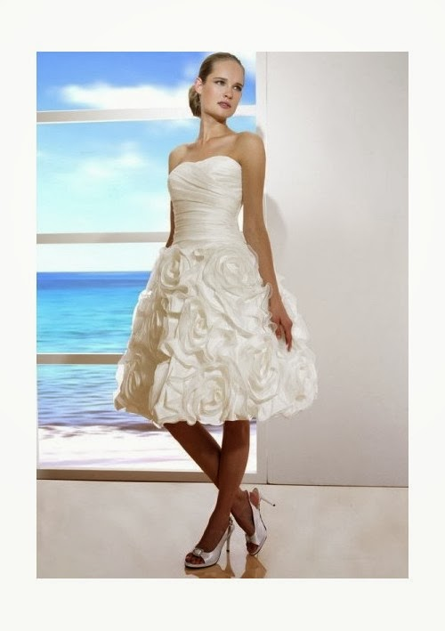 Simple Short Wedding Dresses For The Beach : Short wedding dresses for the beach are becoming more popular many