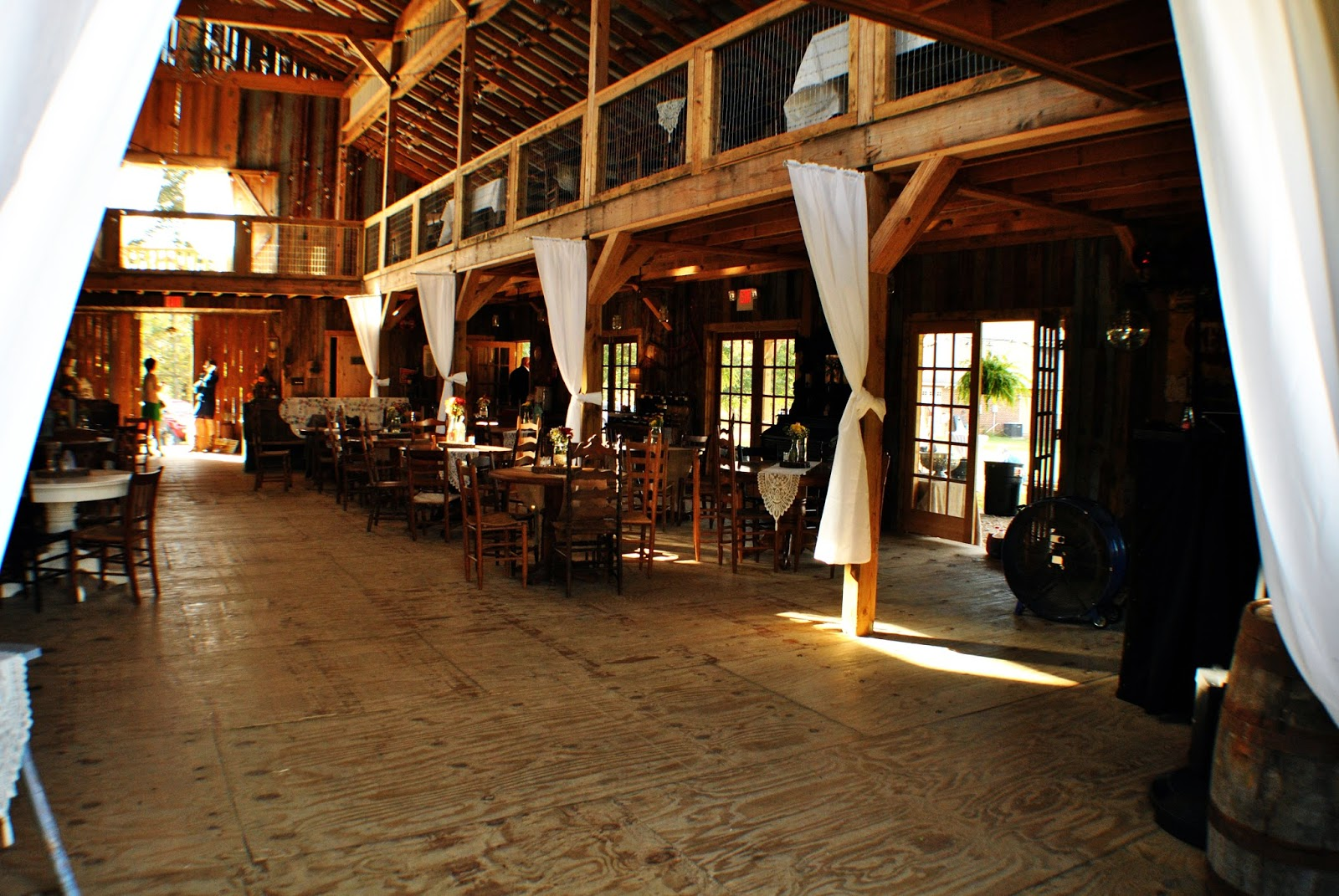 With Class LLC Wedding Coordinators, Wedding Planners, Wedding DJs, Party DJs, Chattanooga DJs, Cleveland DJs, Dalton DJs - Queen's Chestnut Grove Farm - Tunnel Hill, GA