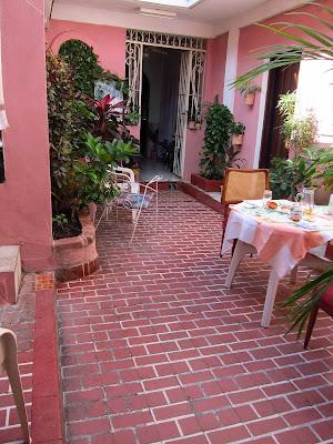 Santiago de Cuba pink courtyard