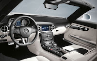 Mercedes-Benz SLS AMG Roadster interior