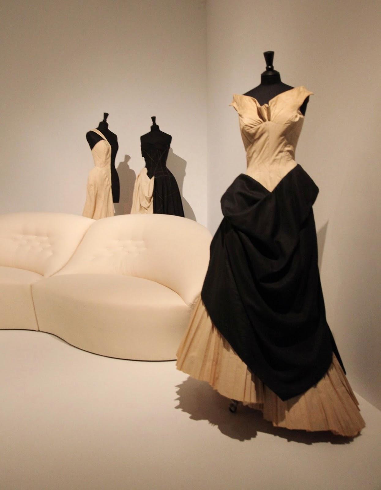 Yves Saint Laurent - Fashion Designer 34