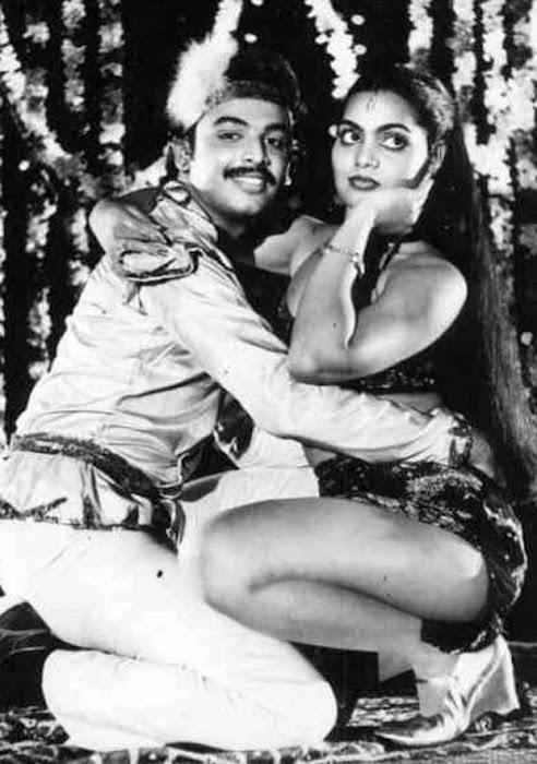 silk smitha rare .. cute stills