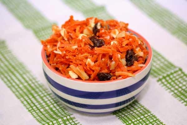 Carrot Salad with Raisins