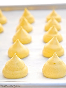 Baking Day: Sunny Lemon Meringues