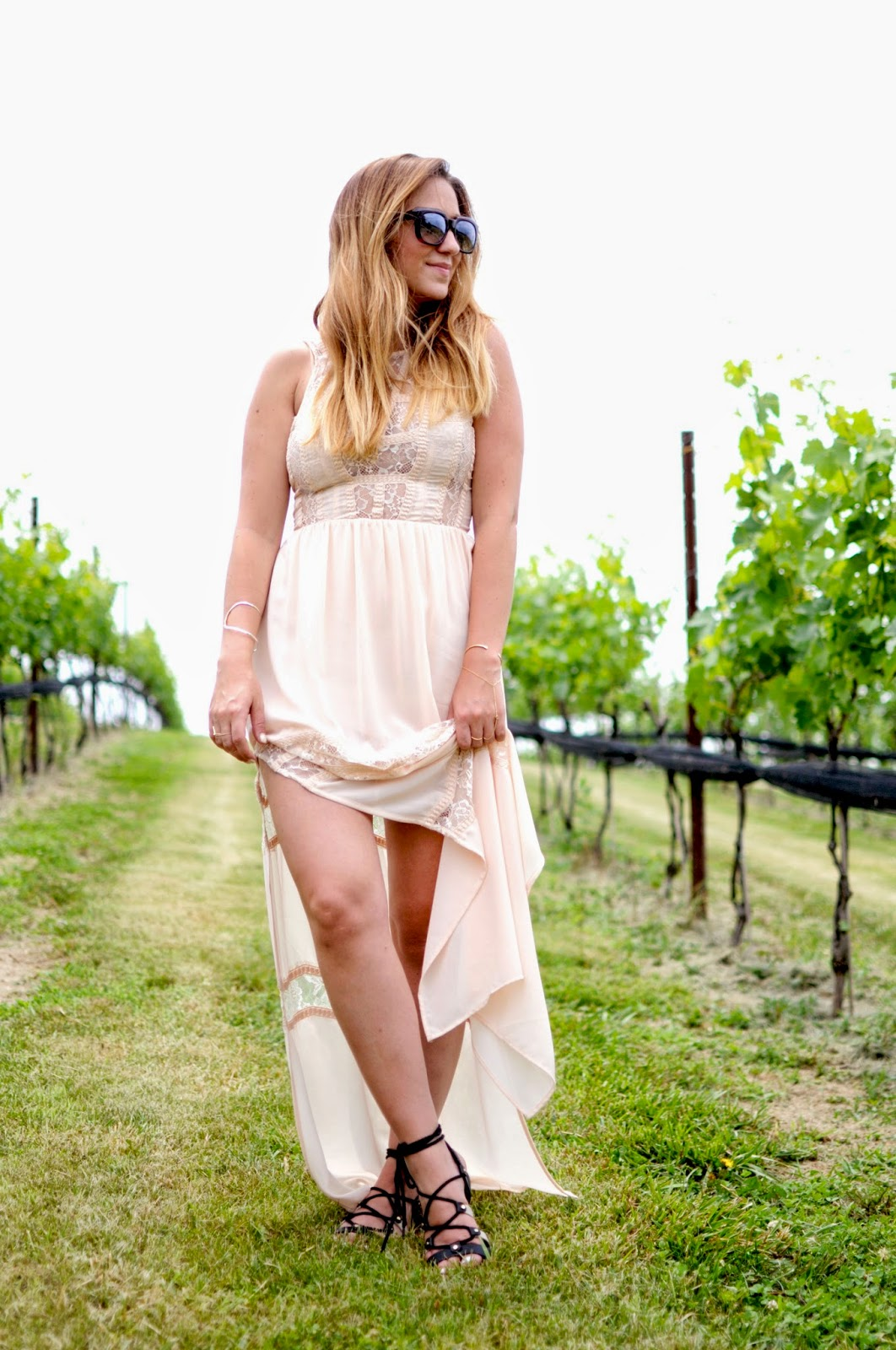 cute winery outfit, virginia wineries, leesburg winery, stone tower, hillsborough, va winery, what to wear to a winery