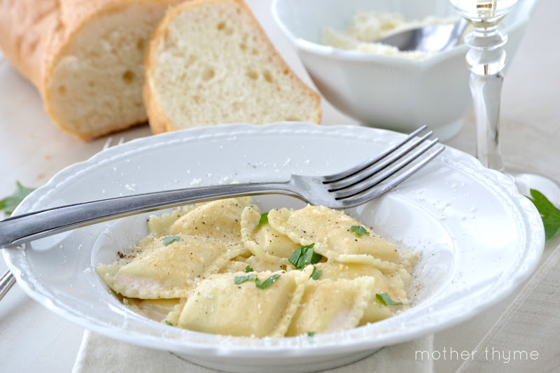 Ravioli with prosecco cream sauce mother thyme ravioli with prosecco cream sauce forumfinder Choice Image