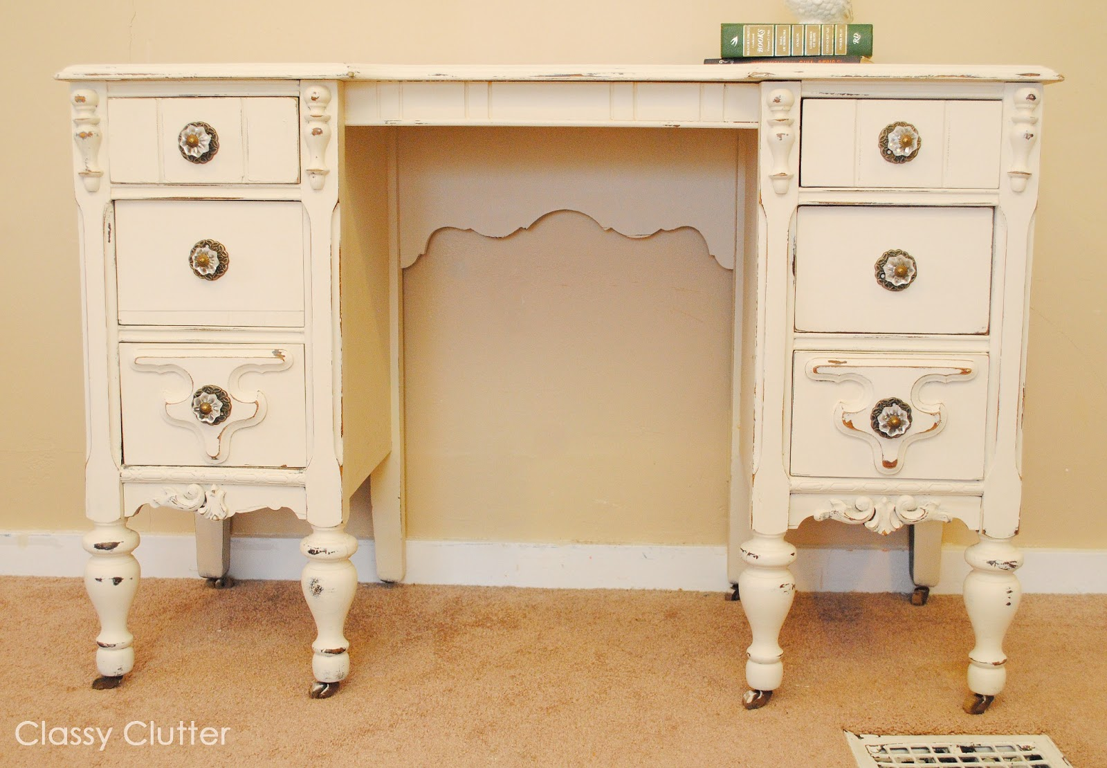 chalk paint desk and chair makeover classy clutter. Black Bedroom Furniture Sets. Home Design Ideas