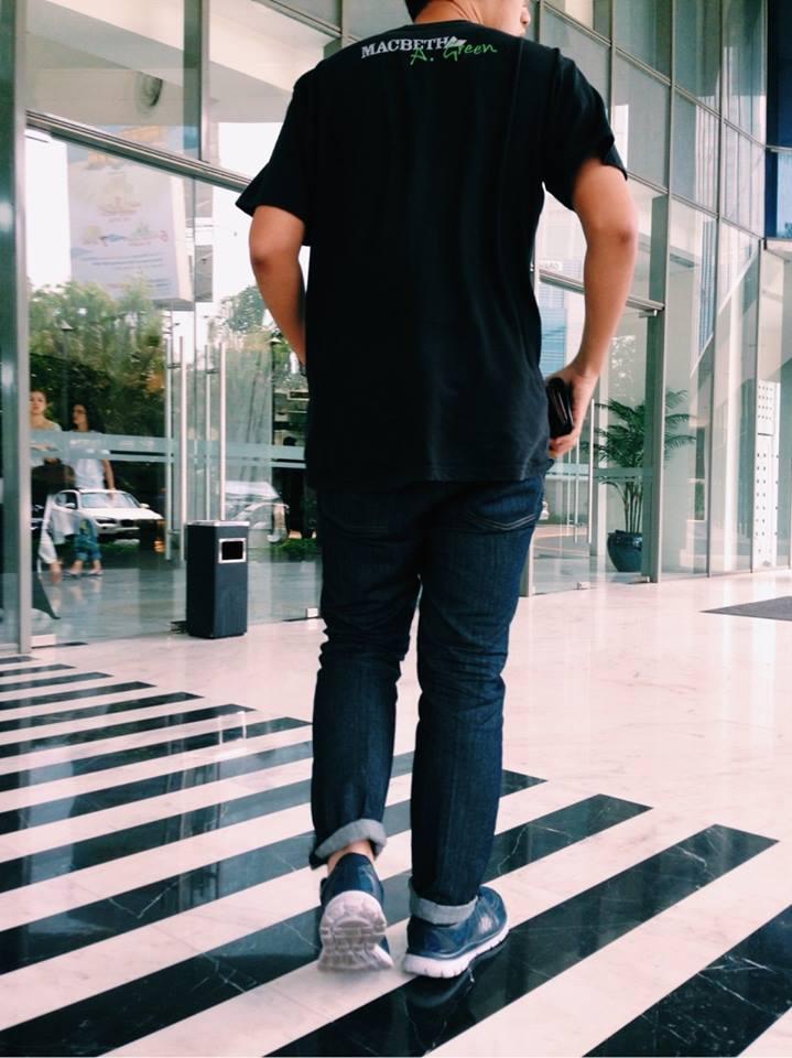 Mau Tampil Keren Pake Celana Jeans Yuk Di Order