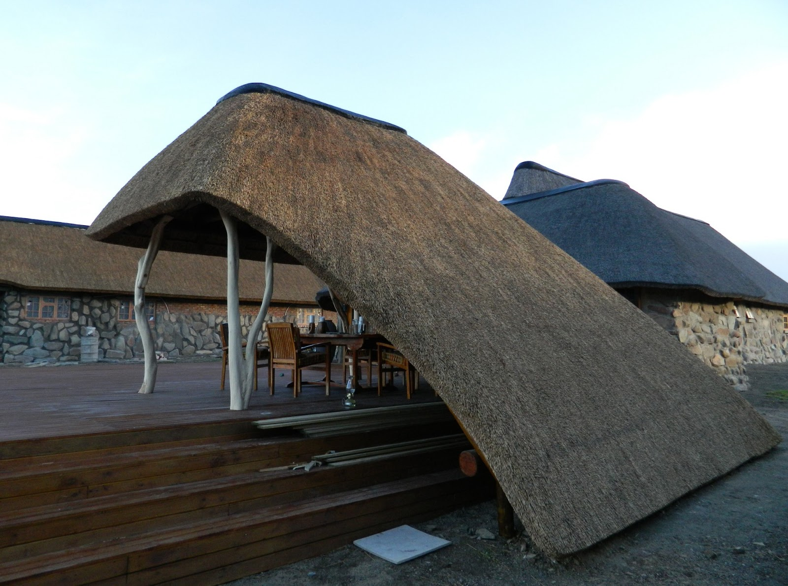 Thatch of the Day: 2 Interesting Thatch Lapa Designs