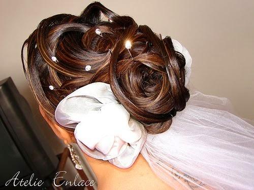 penteados-para-casamento-noivas-cabelos-presos-3