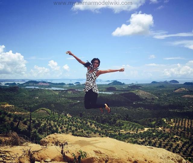 Ah Moon - 10 Pictures Of Myanmar Pop Singer Photos Collection Album (1)