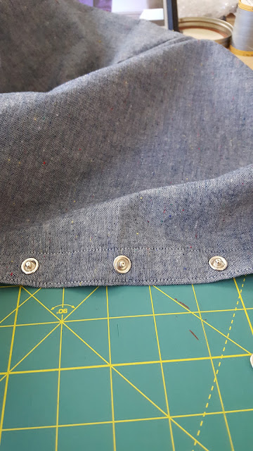 seamwork adelaide dress chambray snaps close up