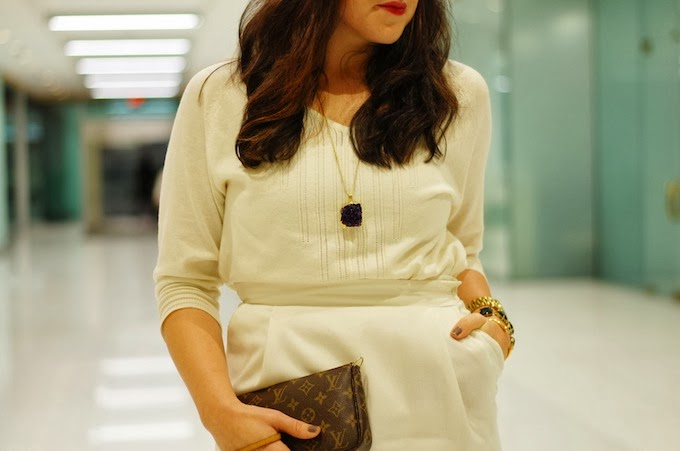 Winter white outfit pencil skirt and sweater
