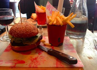 Bill's hamburger, Bill's Restaurant, Cardiff
