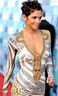 Halle Berry voted Hollywood's Hottest Mum