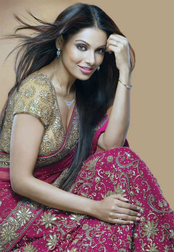 Bipasha basu new horror movie - a