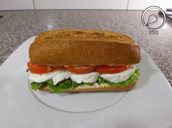 sanduíche de queijo fresco - idd1 - 01