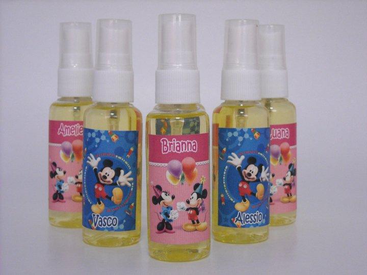 los clsicos burbujeros paletas dulces colonias yoys y otros juguetes pueden con el motivo del cumpleaos y el nombre del cumpleaero o