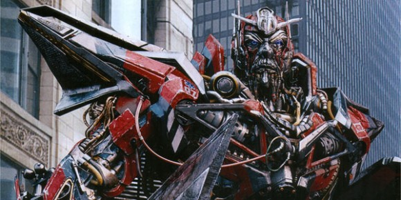 http://1.bp.blogspot.com/-nPrW02nIqPI/ThGn0JWpbQI/AAAAAAAAEuo/bCnXuoEs3LU/s1600/transformers-the-dark-of-the-moon-sentinel-prime.jpg