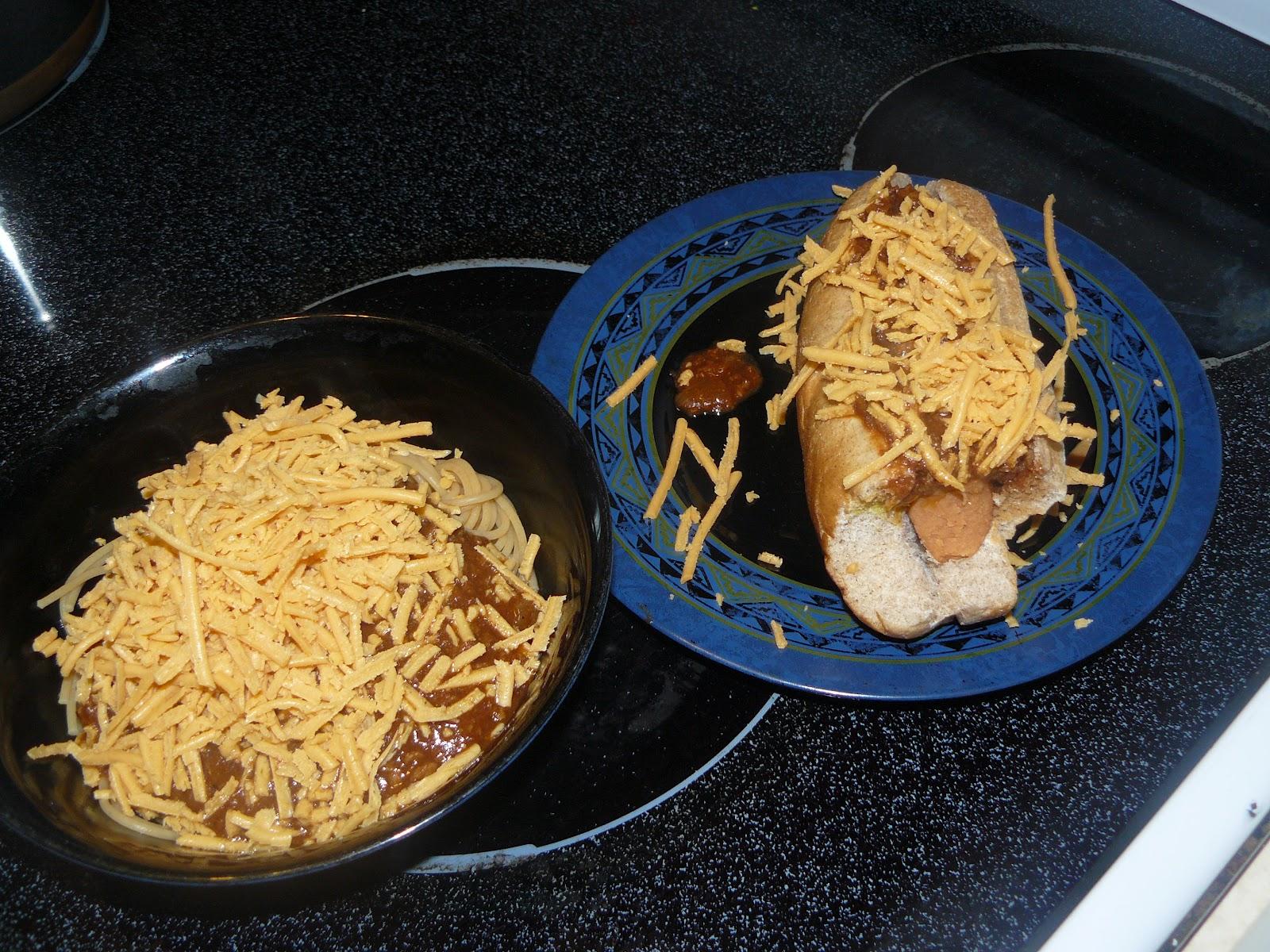 SUPER Vegan Cincinnati Chili, Chili 'Cheese' Dip & Coneys!