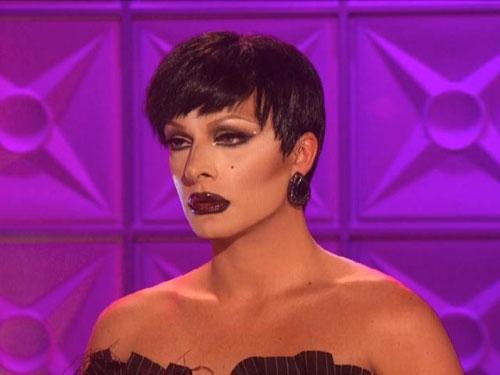 Raven drag queen lips
