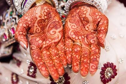 Awesome mehndi Designs