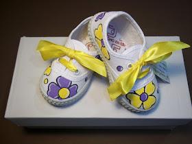 Zapatillas infantiles pintadas