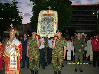Χιλιάδες πιστοί παρακολούθησαν την λιτανεία στην Τρίπολη!!