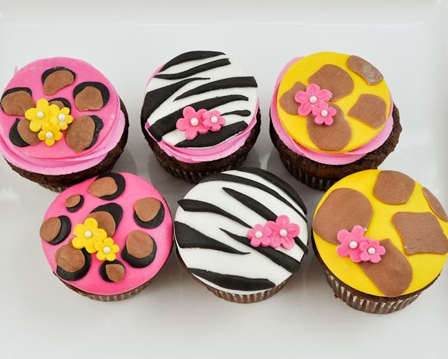 Beki Cook's Cake Blog: 'Tween Girl Birthday Party: Animal ...