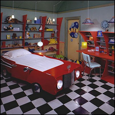 Troadoes sports bedroom decorating ideas for Car themed room decor