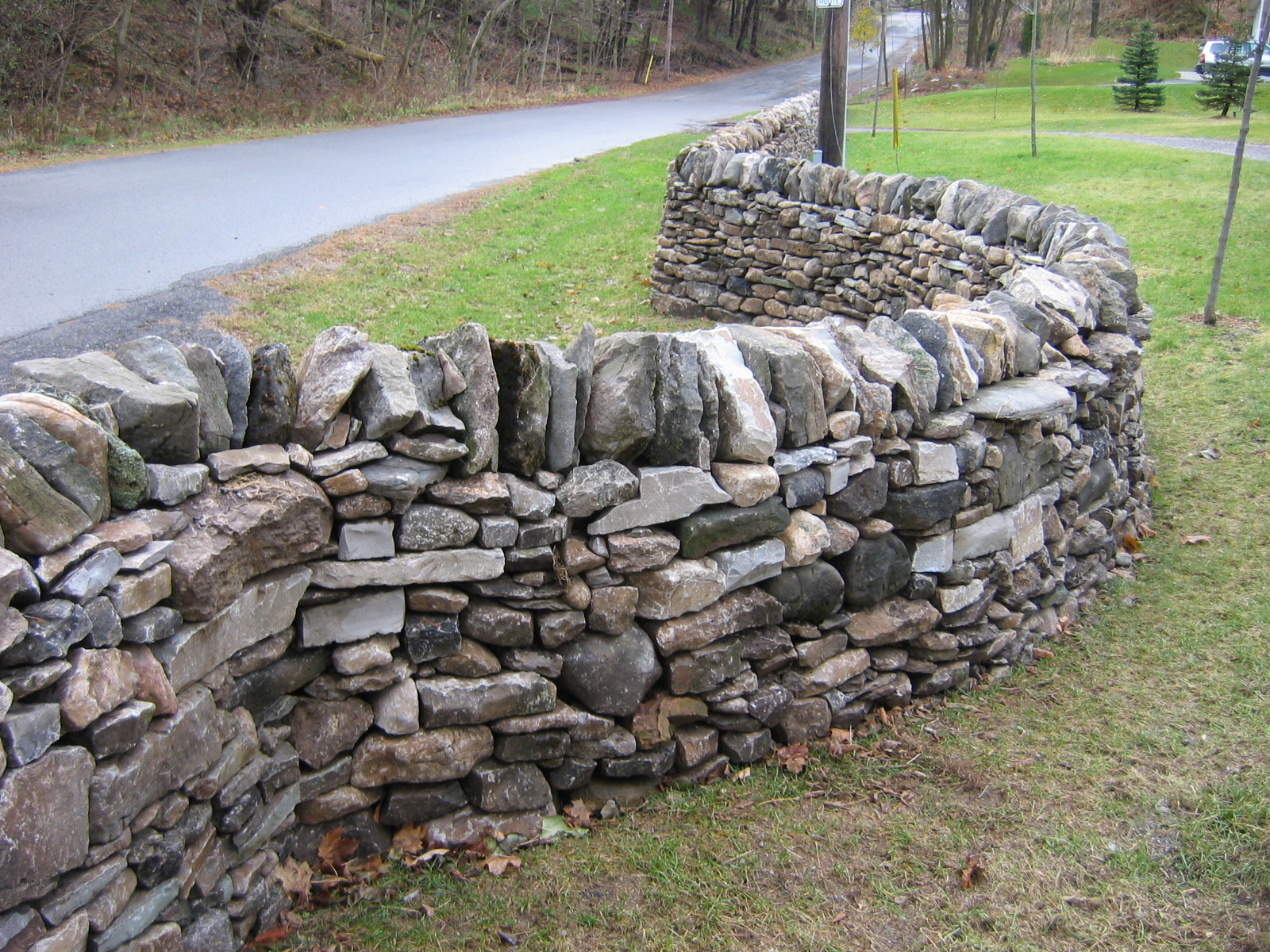 how to build a low dry stone wall
