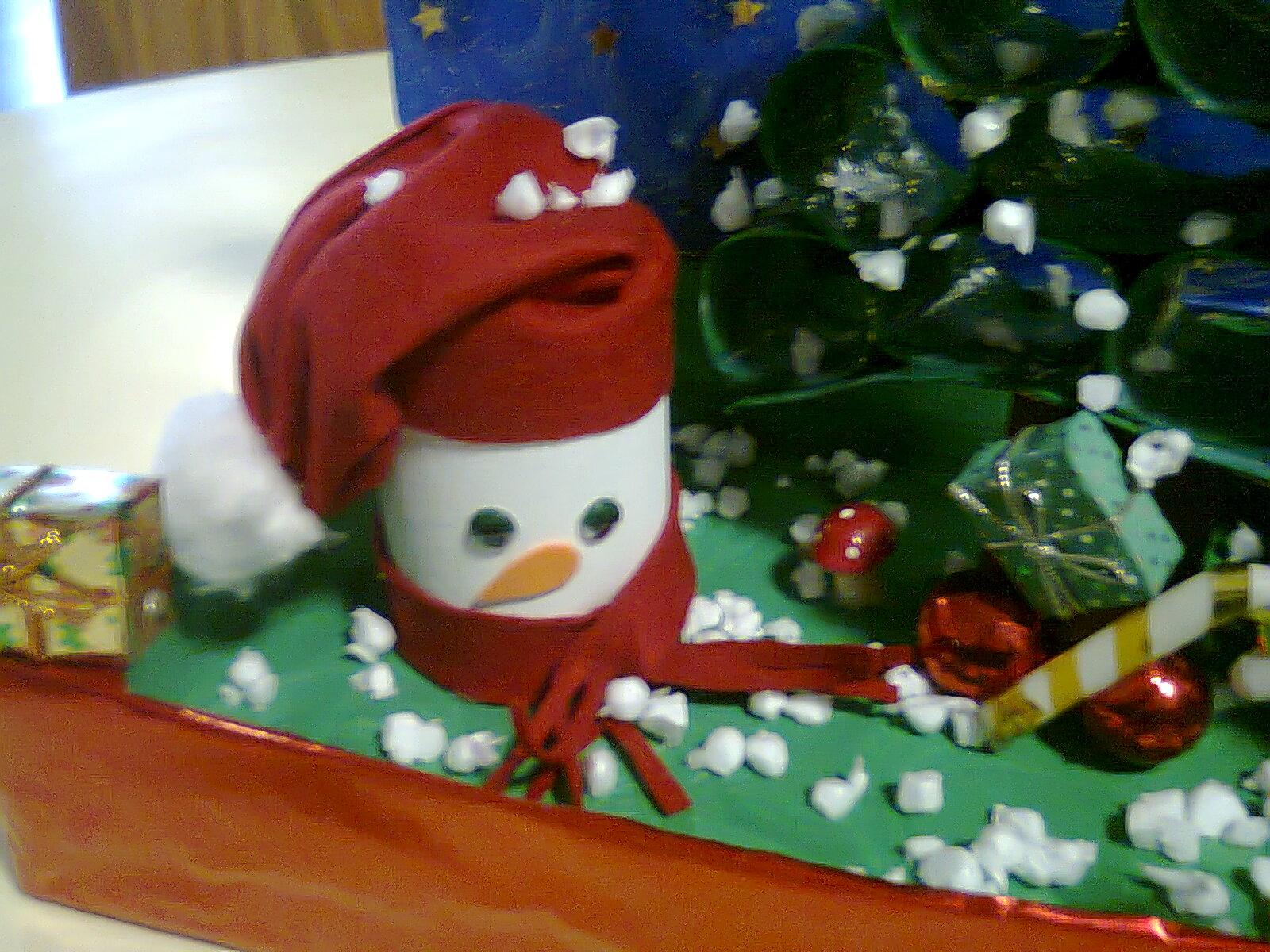 Duendes m gicos artes maquete alusiva ao natal for Reciclado de placares
