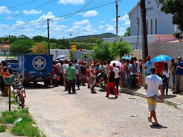 Mulher foi morta em casa pelo marido antes de assinar divórcio. (Foto: João Carvalho / Portal Jaguarari)