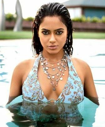 indian actress sameera reddy hot photos and wallpapers