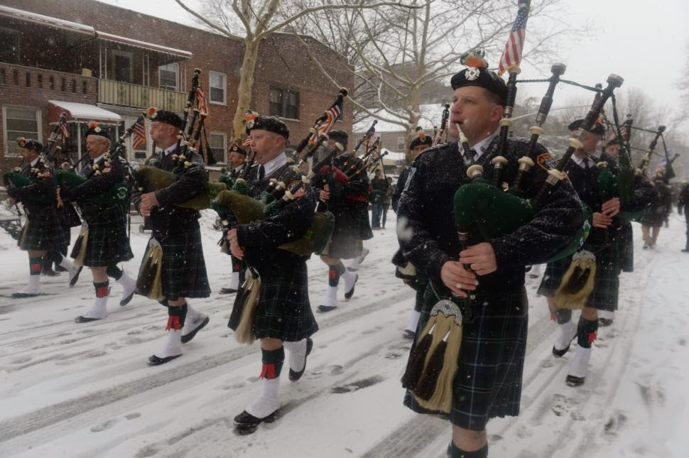 Pipes and Drums in the Snow at Sunnyside St. Pat's Parade
