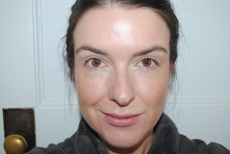 liz-earle-radiant-glow-bronzer-review-before