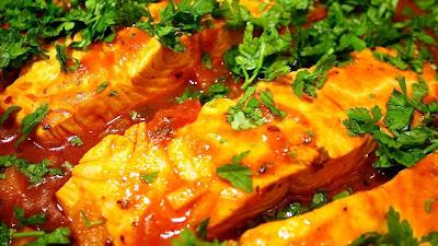 Рыба тушеная с морковью в томате  - Рецепты рыбных блюд - Кулинарные рецепты - Ресторан дома