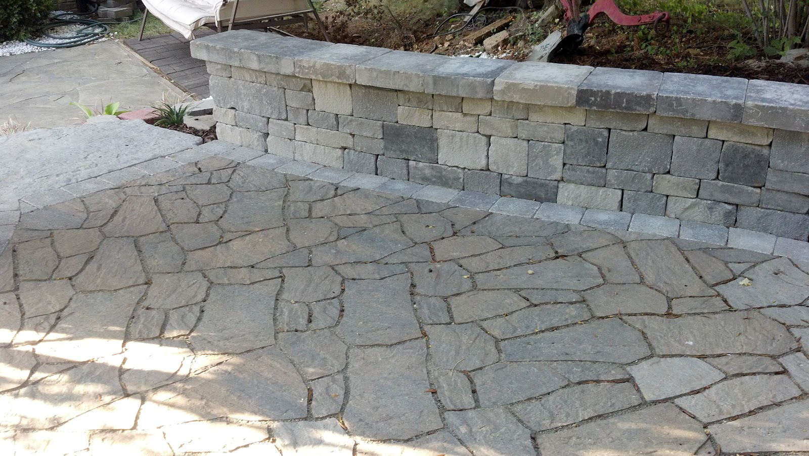 Life time pavers maya steps by techo bloc for Techo bloc