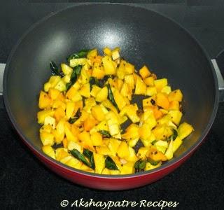 add the mango pieces